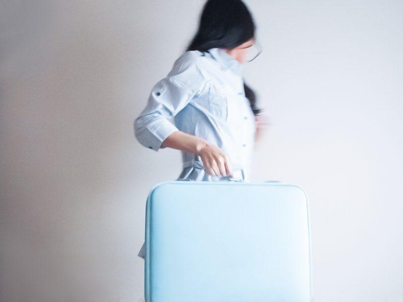 スーツケースメーカー女性社員が本当に欲しいスーツケースを作ったら.