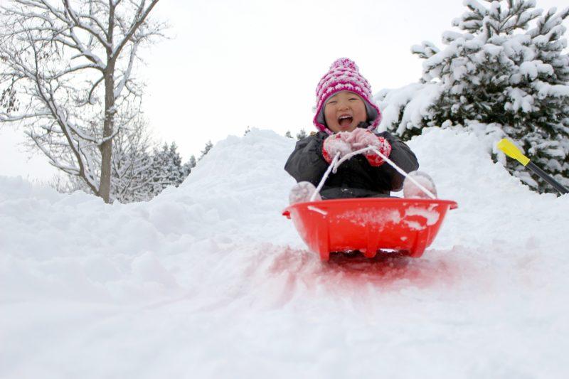 冬だ!雪だ!遊びだ!子供が楽しくなる雪遊びグッズ