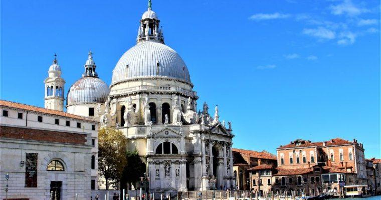 イタリア留学を考えている人必見!イタリア生活でかかる費用について