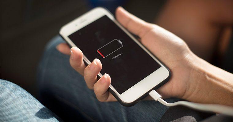 旅先で便利なモバイルバッテリーの選び方